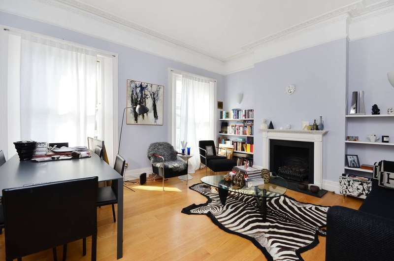 3 Bedrooms Maisonette Flat for sale in Oakley Street, Chelsea, SW3