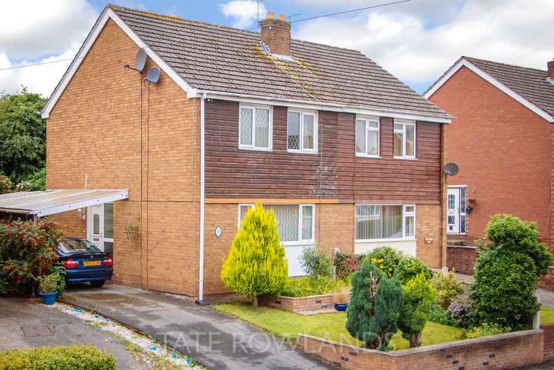 3 Bedrooms Semi Detached House for sale in Windsor Drive, Flint
