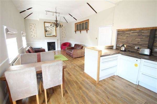 2 Bedrooms Apartment Flat for sale in St. Margarets Green, Ipswich