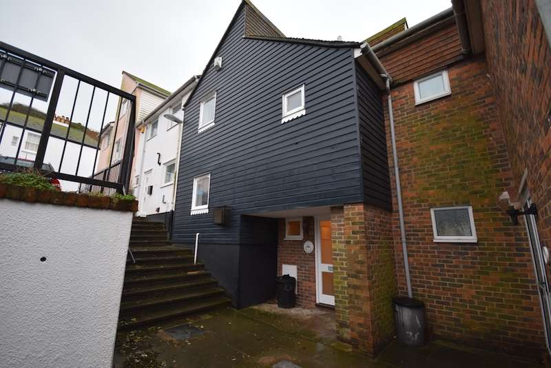 3 Bedrooms Town House for sale in East Hill Passage, Hastings, East Sussex, TN34
