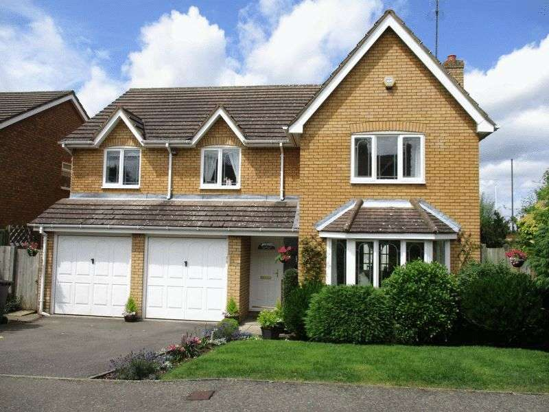 7 Bedrooms Detached House for sale in SHENLEY