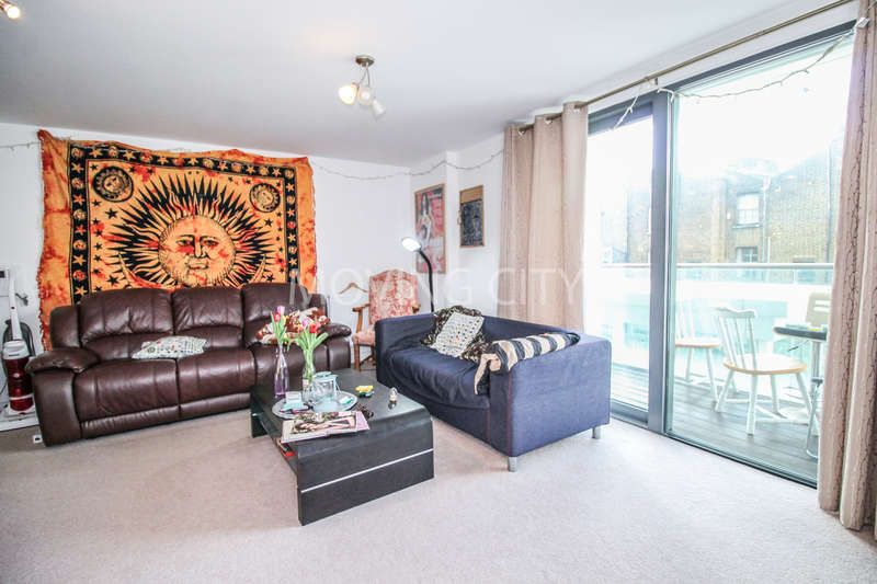 3 Bedrooms Flat for sale in Burke House, Dalston Square, Dalston