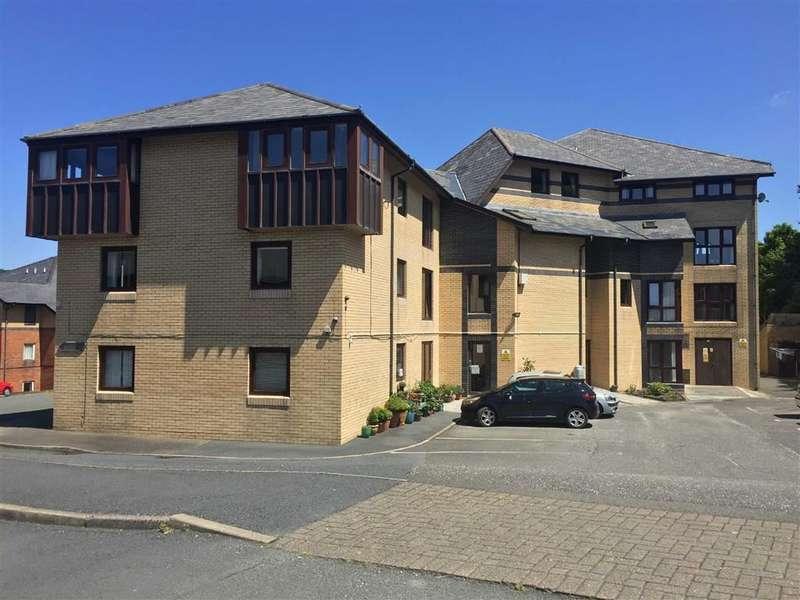 2 Bedrooms Property for sale in Gerddi Rheidol, Trefechan, Aberystwyth