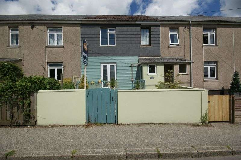 3 Bedrooms Terraced House for sale in Halgavor View, Bodmin