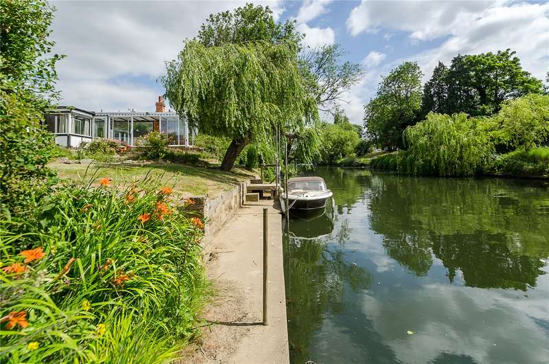 Land Commercial for sale in The Creek, Lower Sunbury, Surrey, TW16