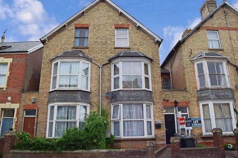 1 Bedroom Flat for sale in Cheddon Road, Taunton, Somerset TA2
