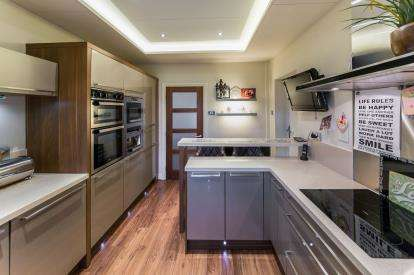 4 Bedrooms Detached House for sale in Clifton House Road, Clifton, Swinton, Manchester