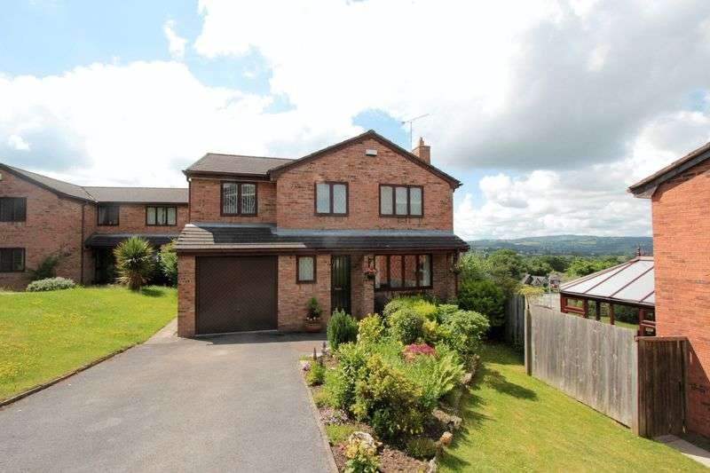 4 Bedrooms Detached House for sale in Maes Celyn, Ruthin