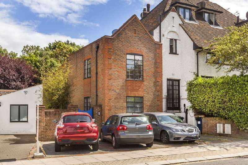3 Bedrooms House for sale in Hoop Lane, NW11