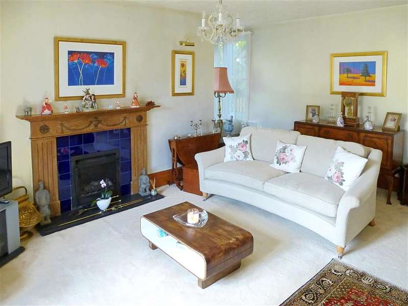 4 Bedrooms Semi Detached House for sale in South Street, Rotherfield, Crowborough, East Sussex