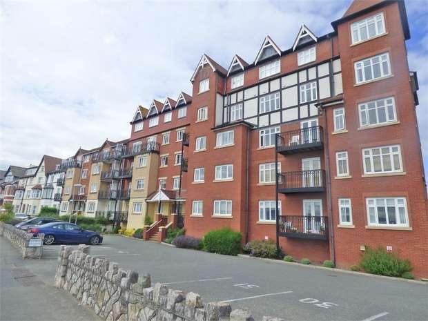 2 Bedrooms Flat for sale in Rhos Promenade, Colwyn Bay, Rhos on Sea, Rhos on Sea