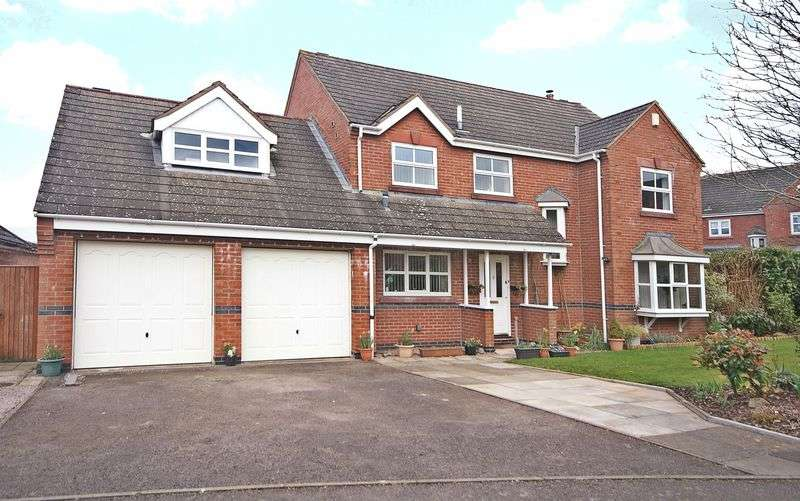 5 Bedrooms Detached House for sale in Green Meadows, Ross-On-Wye