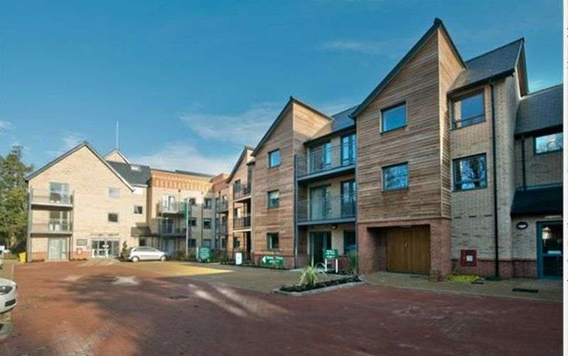1 Bedroom Flat for sale in Martin Court,St, Catherines Road, Grantham: NO CHAIN one bed first floor retirement apartment