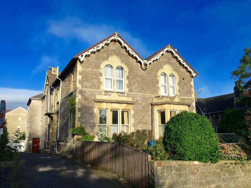 2 Bedrooms Flat for sale in Montpelier, Weston-Super-Mare