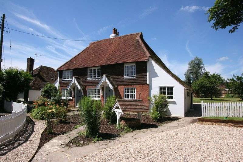 3 Bedrooms Semi Detached House for sale in **REDUCED** 3 bedroom period cottage in Church Lane, Henfield