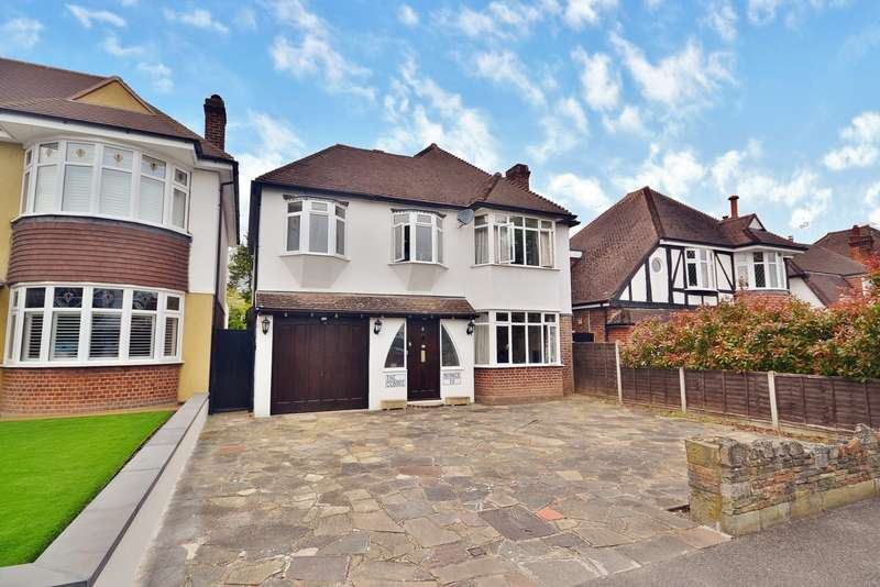 5 Bedrooms Detached House for sale in Thames Ditton
