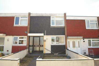2 Bedrooms Terraced House for sale in Southway, Plymouth, Devon