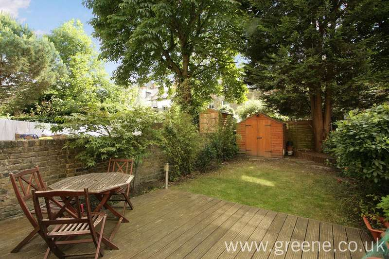 2 Bedrooms Flat for sale in Dunster Gardens, Kilburn, London, NW6