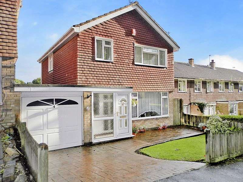 3 Bedrooms Detached House for sale in Annington Gardens, Shoreham-By-Sea