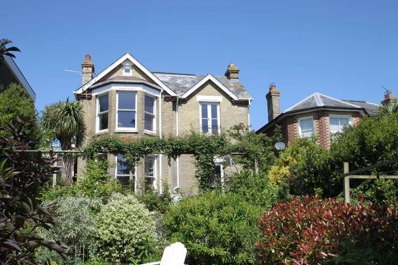 4 Bedrooms House for sale in Granville Road, Cowes