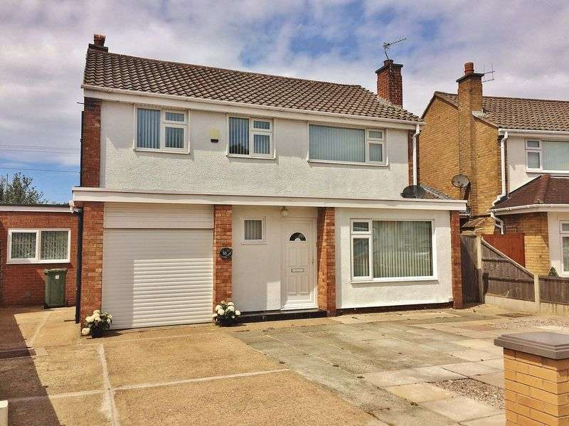 3 Bedrooms Detached House for sale in Easedale Drive, Ainsdale