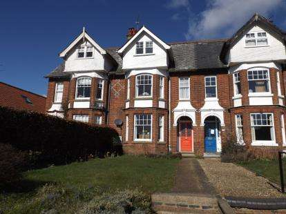 5 Bedrooms Terraced House for sale in Fakenham, Norfolk