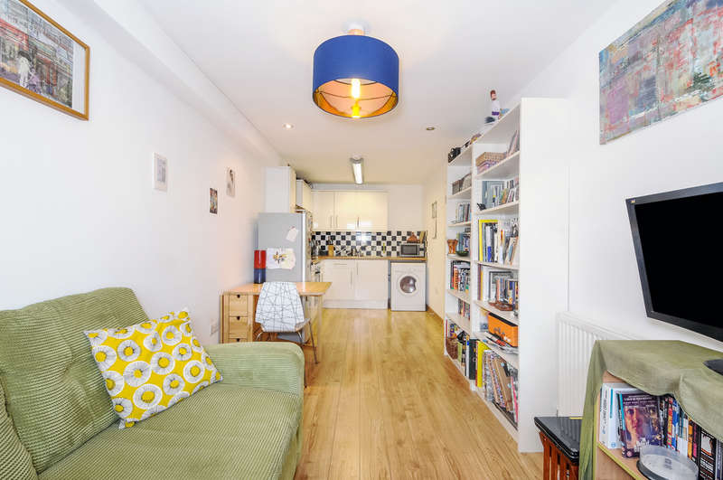 1 Bedroom Flat for sale in Windus Road, London