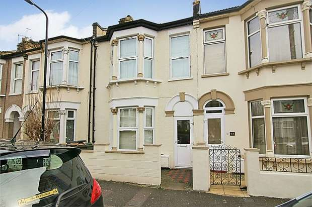 3 Bedrooms Terraced House for sale in Glenthorne Road, Walthamstow, London