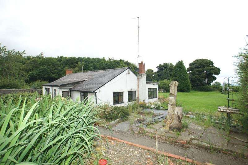 3 Bedrooms Detached Bungalow for sale in The Nant, Pentre Halkyn, Holywell, CH8 8BD.