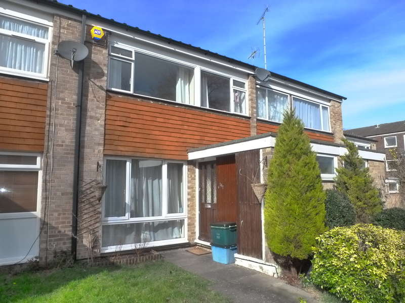 3 Bedrooms Terraced House for sale in Friarswood, Pixton Way, Croydon, CR0 9JN