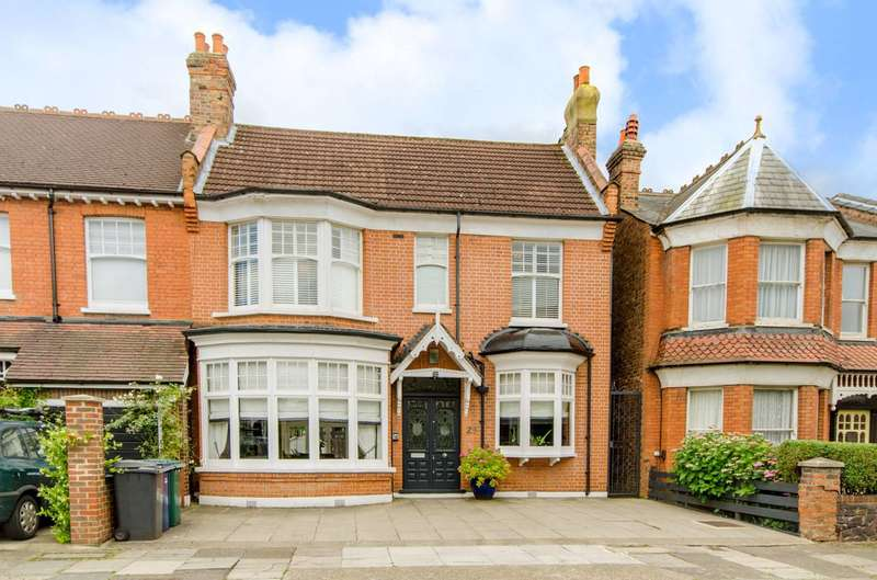 4 Bedrooms House for sale in Dukes Avenue, Finchley Central, N3