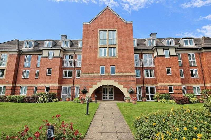 2 Bedrooms Flat for sale in Hillary Court, Formby