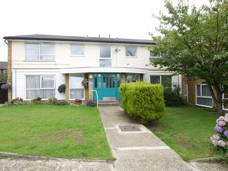 2 Bedrooms Flat for sale in Avenue Road, London