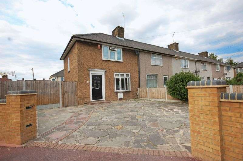3 Bedrooms Semi Detached House for sale in Flamstead Gardens, Dagenham