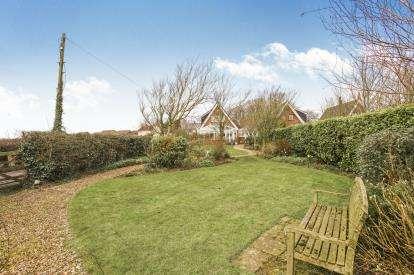 3 Bedrooms Detached House for sale in Preston Road, Inskip, Preston, Lancashire, PR4
