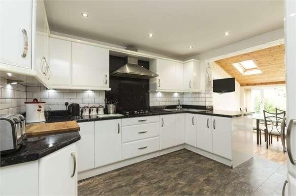 5 Bedrooms Semi Detached House for sale in Jepps Lane, Barton, Preston, Lancashire