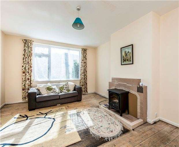 2 Bedrooms Detached House for sale in Holcombe Close, Bathampton, BATH, BA2