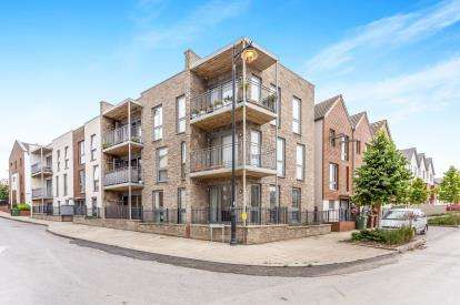 2 Bedrooms Flat for sale in Plymouth, Devon