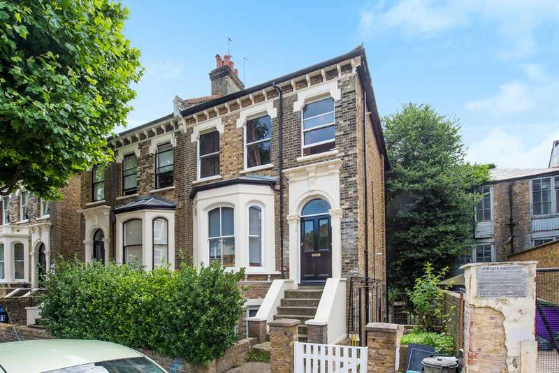 1 Bedroom Flat for sale in Mall Road, Hammersmith, W6
