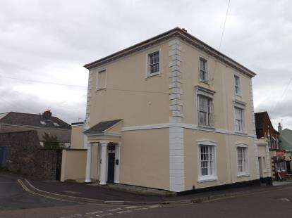 3 Bedrooms House for sale in Newton Abbot, Devon