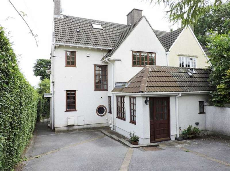 4 Bedrooms Property for sale in Slade Road, Newton