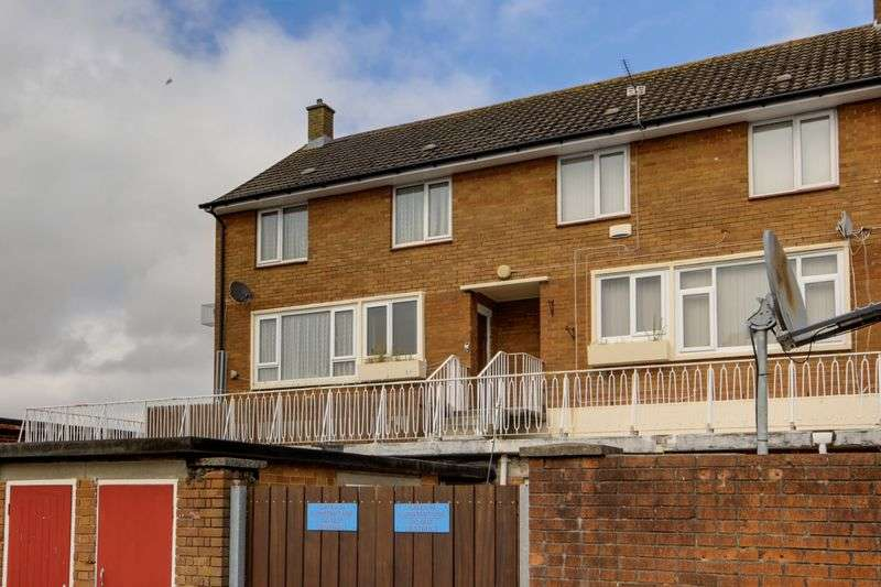 3 Bedrooms Terraced House for sale in Heather Road, Newport