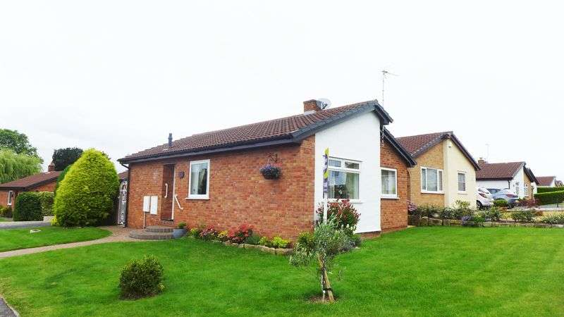 2 Bedrooms Detached Bungalow for sale in Southleigh Drive, Wrexham