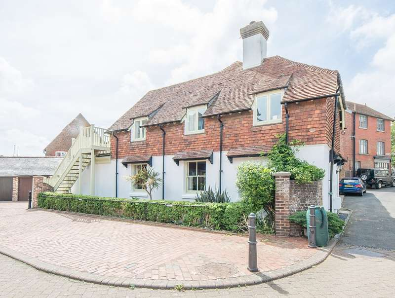 3 Bedrooms Cottage House for sale in Surrey Wharf, Arundel