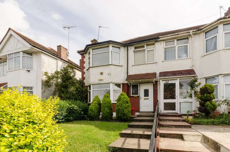 3 Bedrooms House for sale in Bridgewater Road, Wembley, HA0