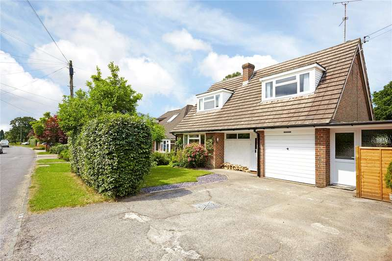 3 Bedrooms Detached House for sale in Lewes Road, Horsted Keynes, West Sussex, RH17