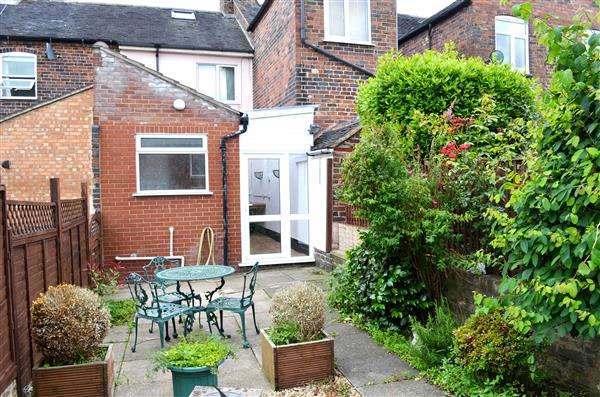 2 Bedrooms Terraced House for sale in Legge Street, Newcastle, Newcastle-under-Lyme