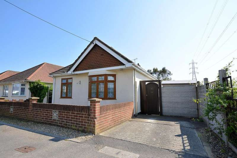 4 Bedrooms Detached Bungalow for sale in Longham