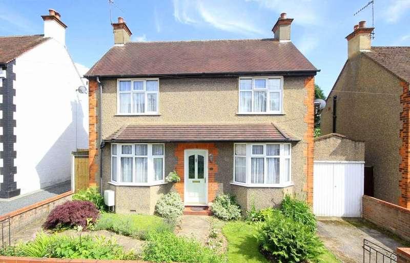 3 Bedrooms Detached House for sale in Belmont Road, Hemel Hempstead