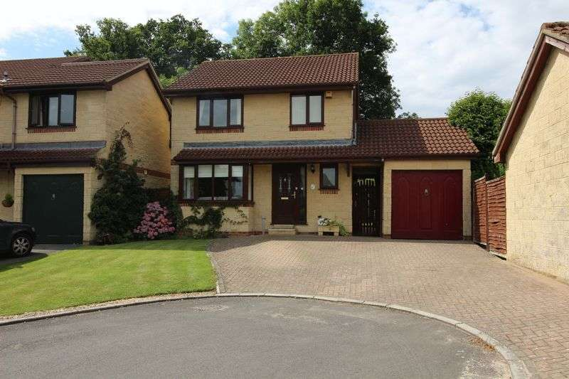 4 Bedrooms Detached House for sale in St. Andrews Close, Nailsea